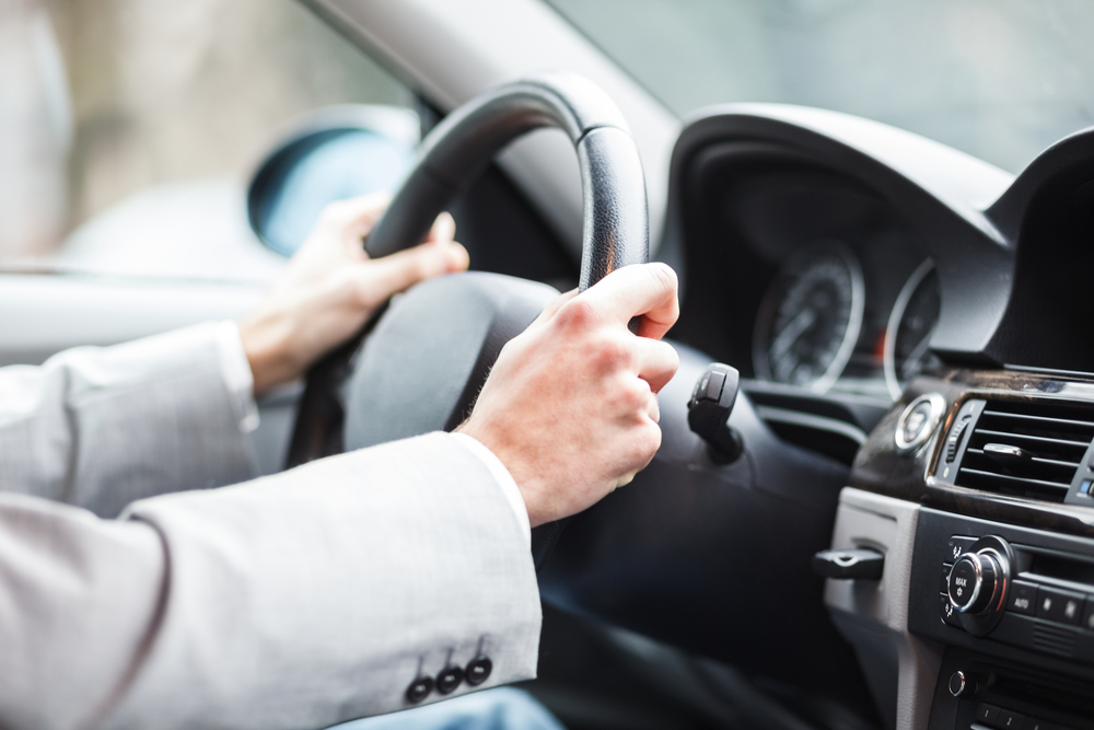 Dangerous Driving Habits Hotwire Insurance